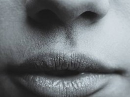 How-to-Get-Rid-of-Chapped-Lips