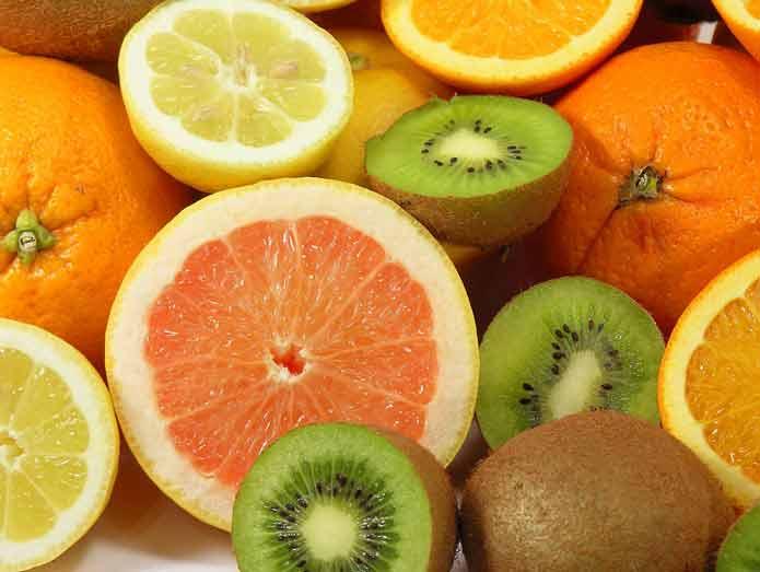Orange-Kiwi-Fruits