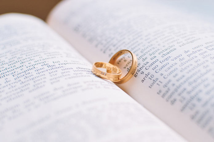 love-rings-wedding-bible