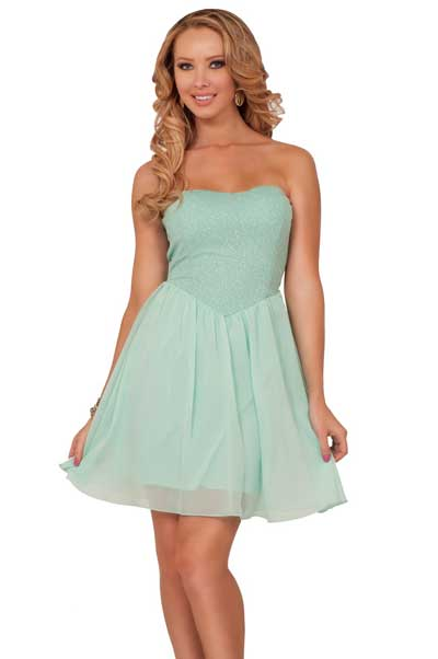 Mini Dresses for Women of all Heights and Body Types 7