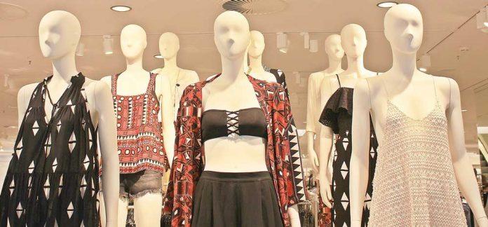 Fashion Showroom Shopping