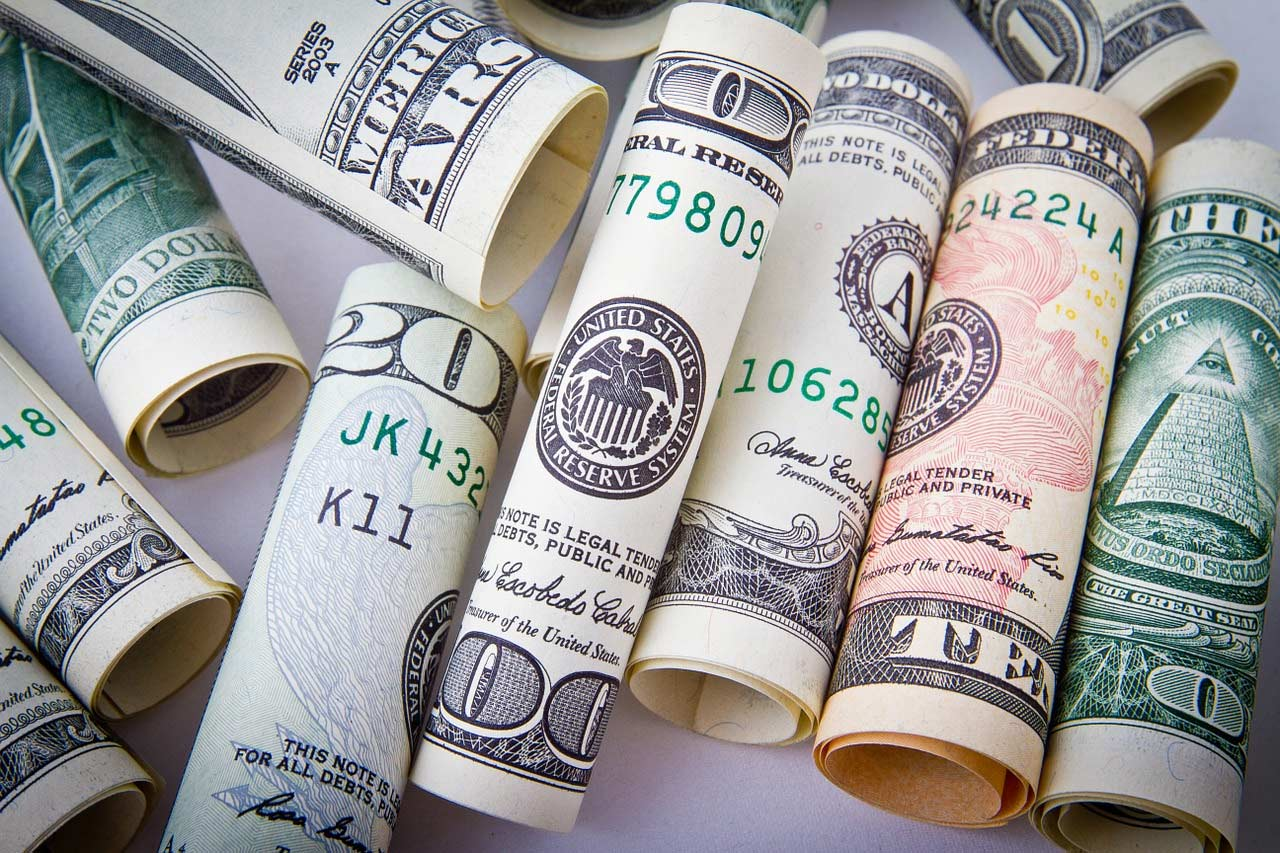 Currency - Money Saving Travel Tips