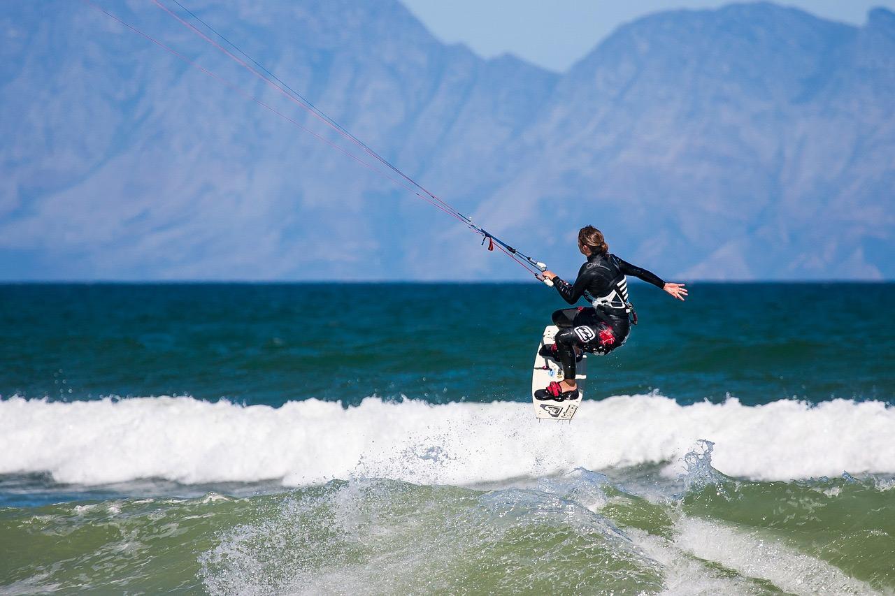 Surfing-Watersports