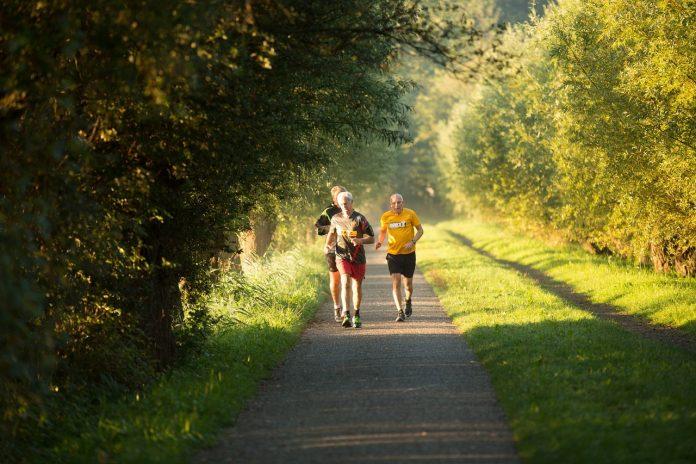 Old men Jogging