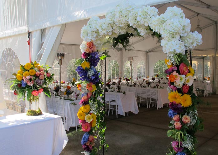 11 Best garden wedding arch decoration ideas 14