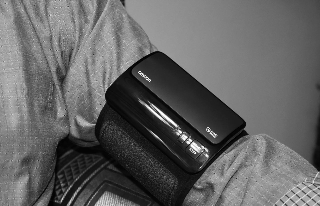 HEM-7600T-with-Intelliwrap-Cuff-technology