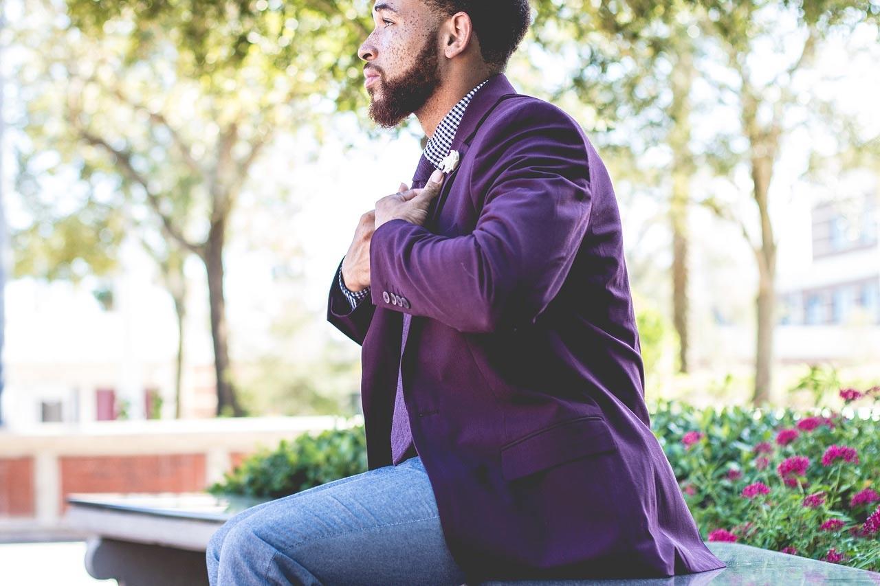 man in casual linen blazer