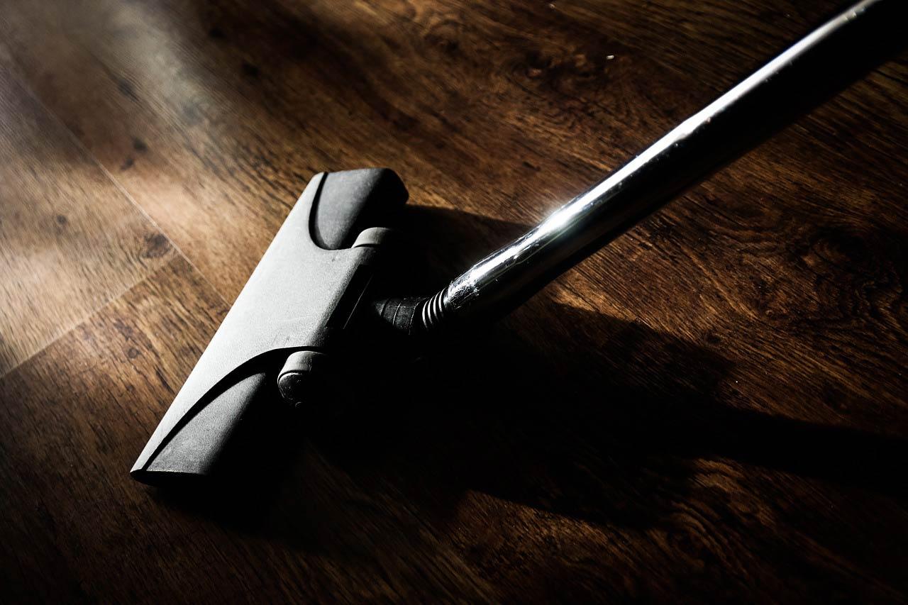 Vacuum hardwood floor