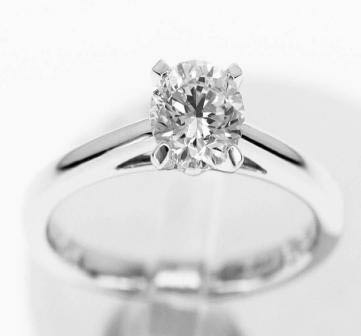 Famous Wedding Rings Brands in the World 7