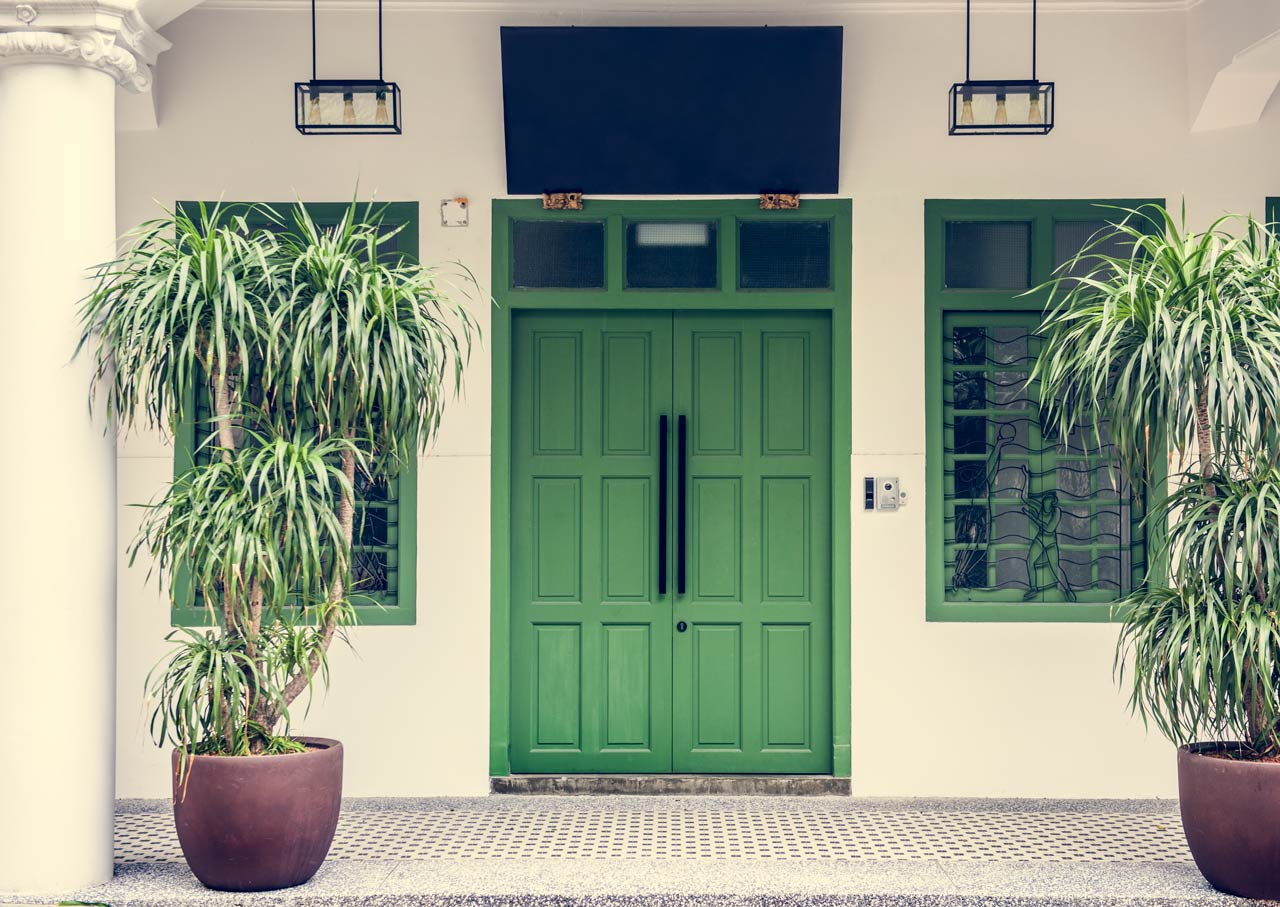 Different types of house doors to give your interior luxury feel 12
