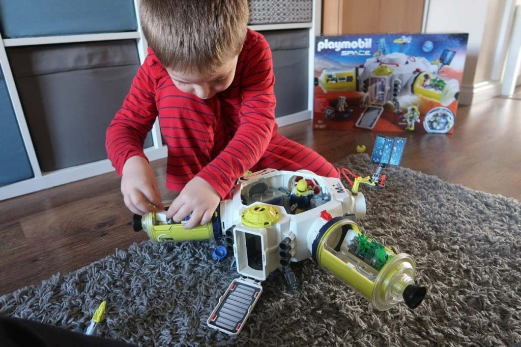 Qualitative gifts for 9-year-old boys 4