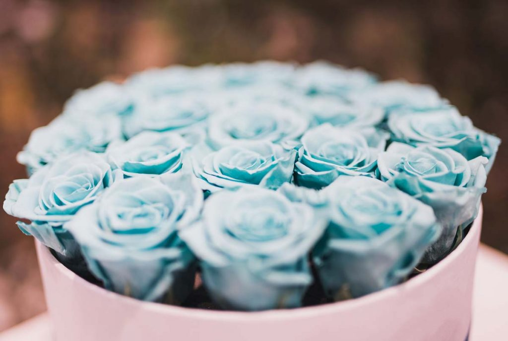 Elegant floral arrangement for gifting purpose 6