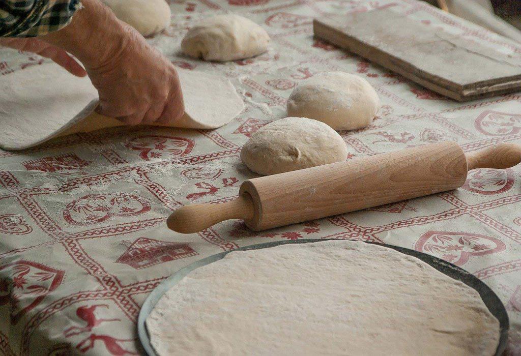 pizza crust dough